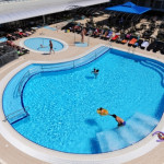 hotel pinija outdoor pool